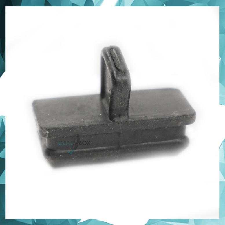Заглушка  окна картера сцепления БРТ ВАЗ-2108